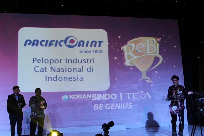 Terima kasih kepada Rebi yang telah mengklaim PT Pabrik Cat dan Tinta Pacific Paint sebagai Pelopor Industri Cat Nasional di Indonesia.