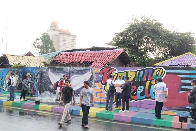 Kampung Bekelir - Pacific Paint