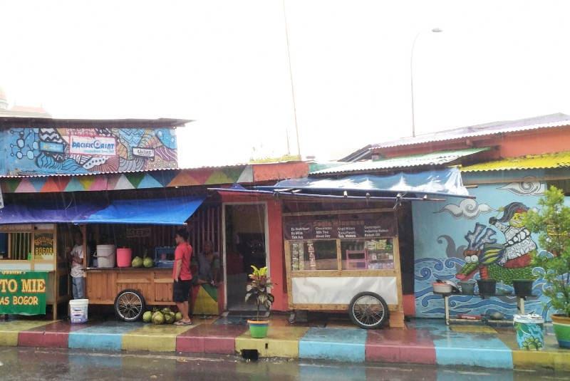 mural Kampung Bekelir dan warna cat rumah