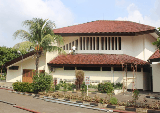 Gereja Keluarga Kudus Jakarta–Repainting