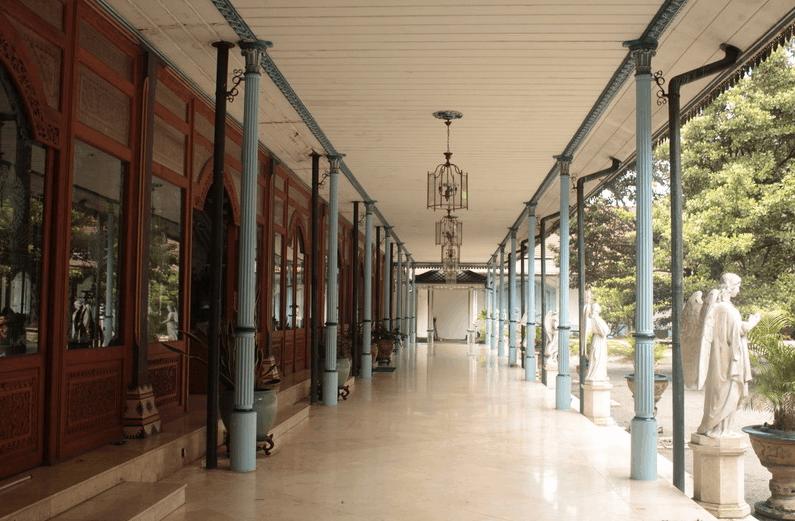 Karaton Surakarta Hadiningrat – Repainting