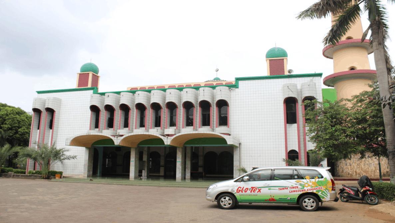 Masjid Jami Al–Munawar Jakarta Repainting