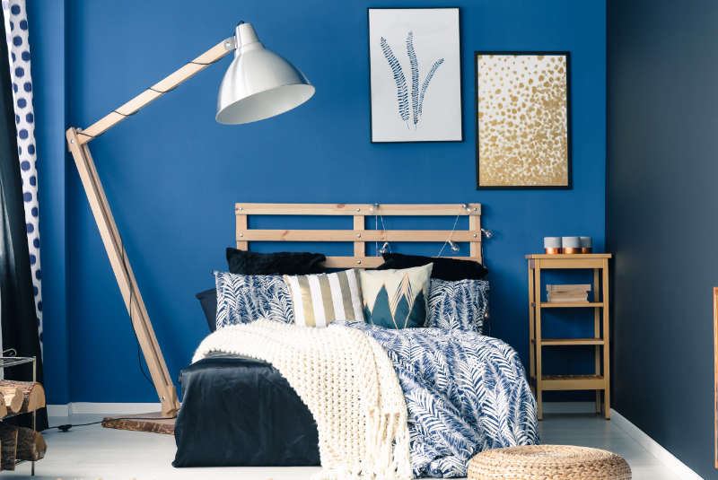 warna cat tembok kamar biru