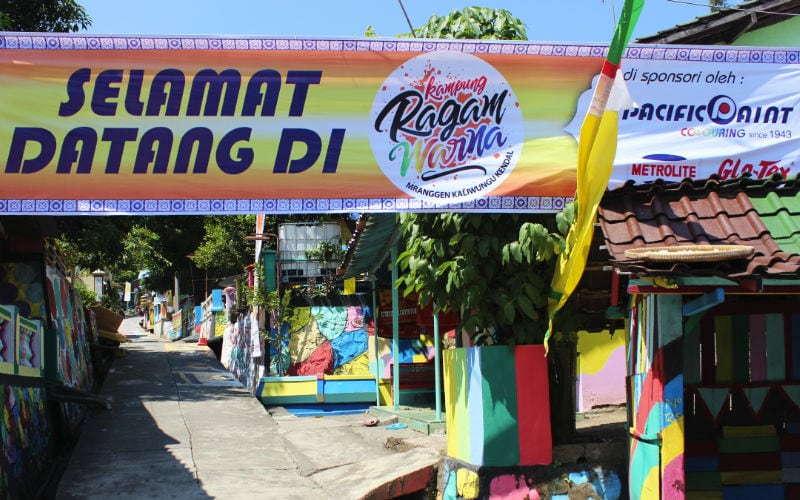 Kampung Ragam Warna welcome