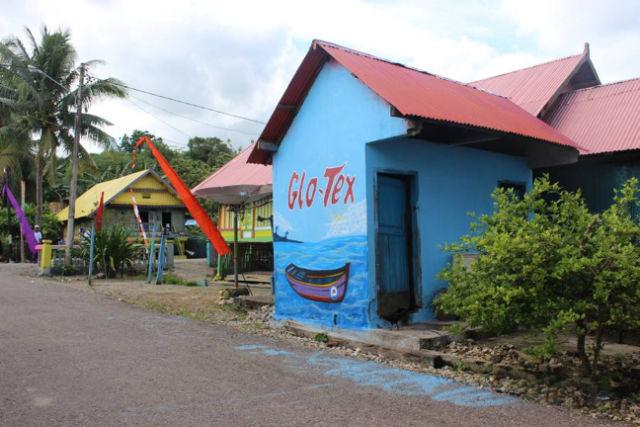 ikon wisata baru kampung tenun baubau