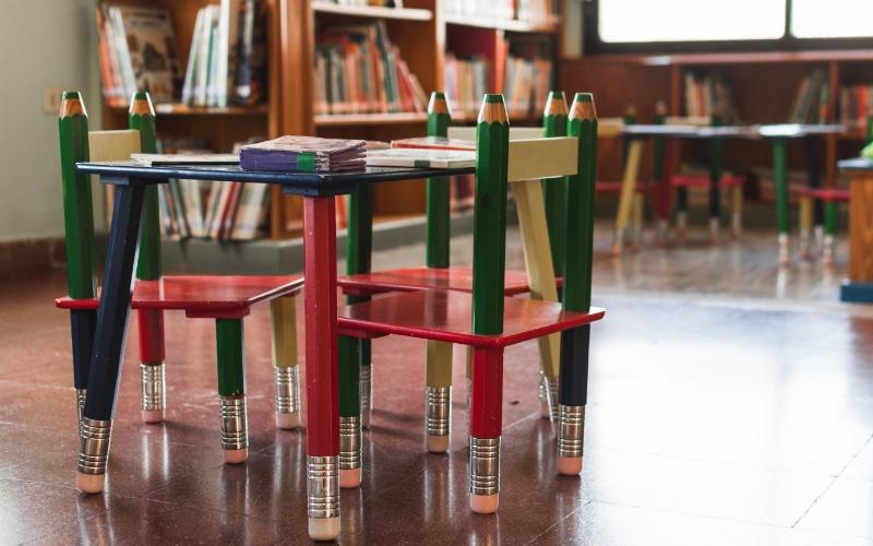 cat kayu aman bagi anak
