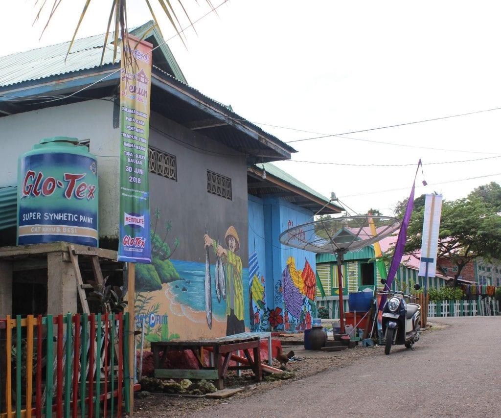 kampung tenun warna warni baubau 4 1