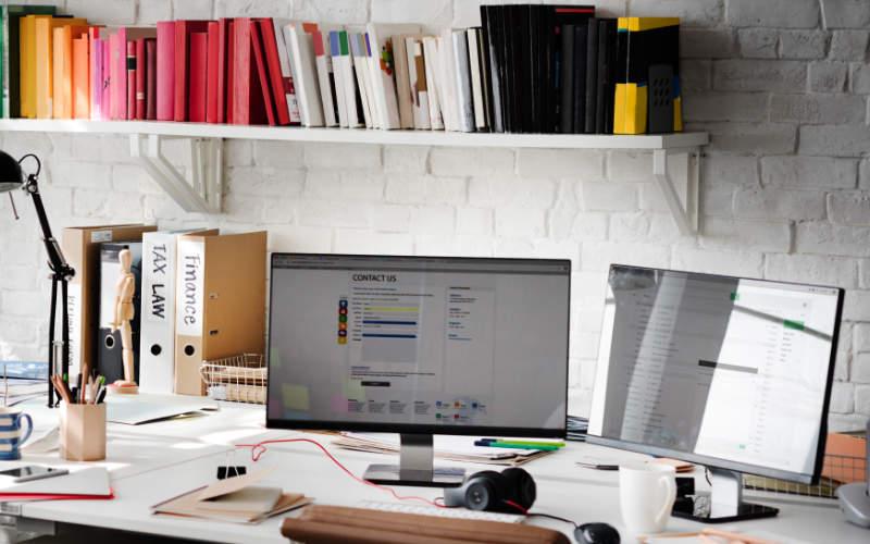 penyimpanan berkas kerja di rumah
