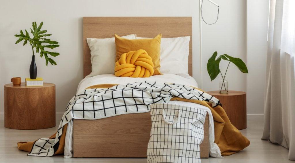 tips untuk menata kamar tidur kecil