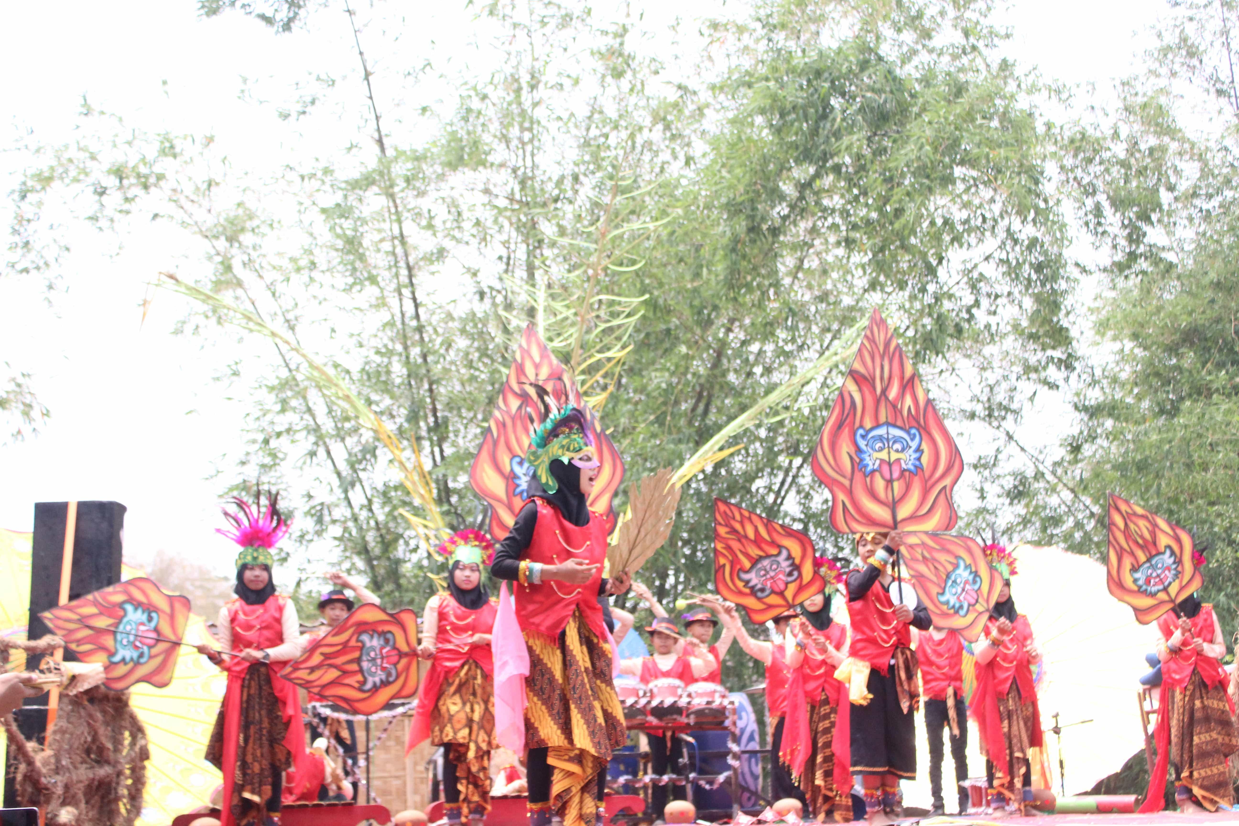 Peserta Festival Drumblek