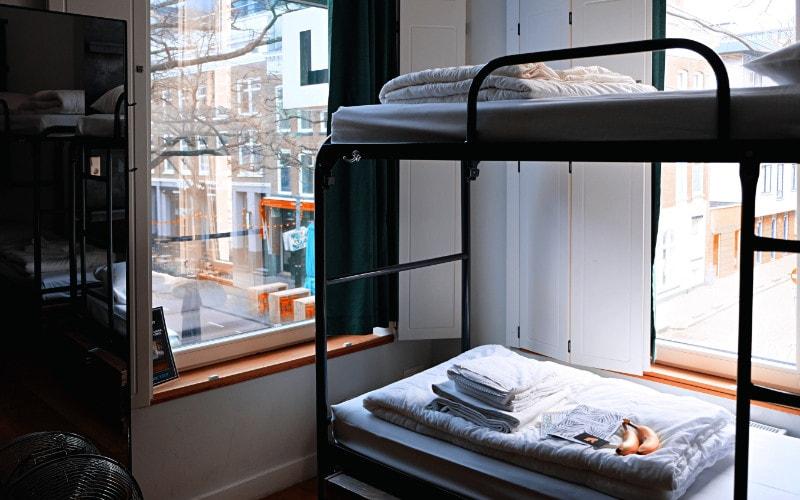 Optimasi ruangan dengan kasur tingkat