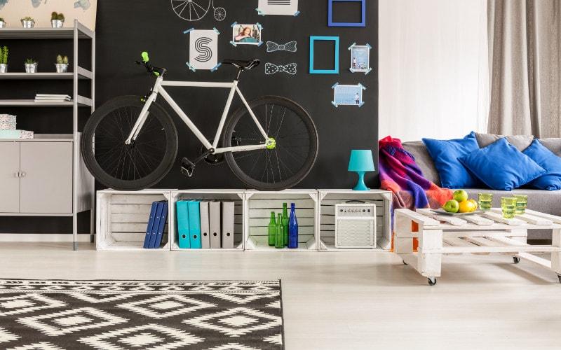 Sepeda dekorasi ruang keluarga