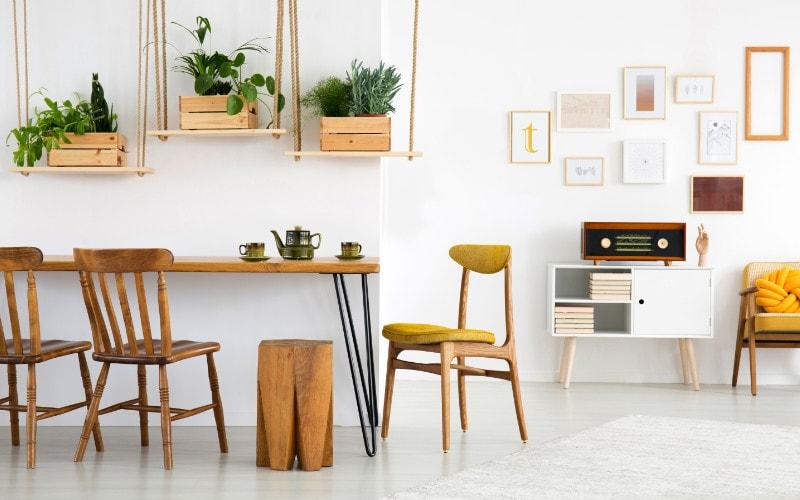 kombinasi warna dinding dan furnitur