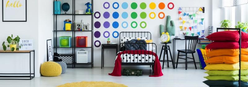 dekorasi penuh warna