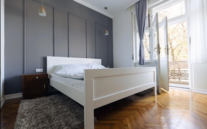 warna kamar tidur alami