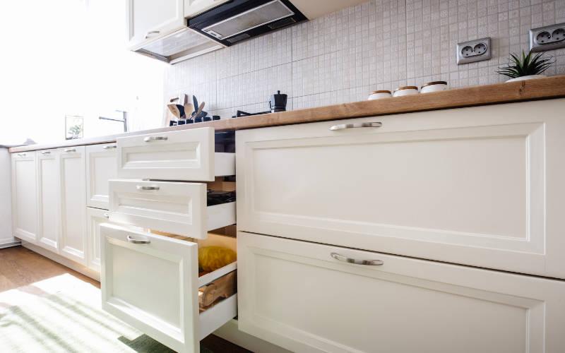 rak penyimpanan kitchen set